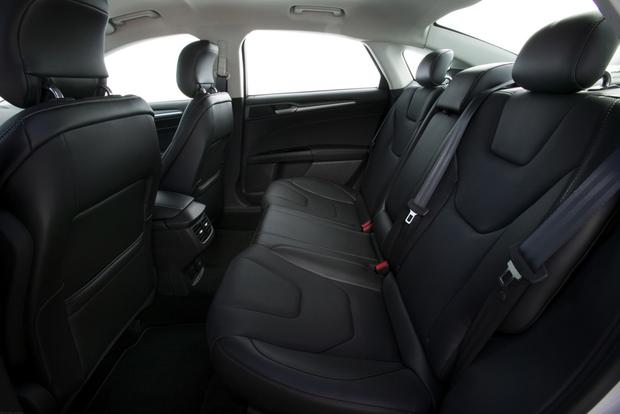 2013 Ford Fusion: New Car Review featured image large thumb10