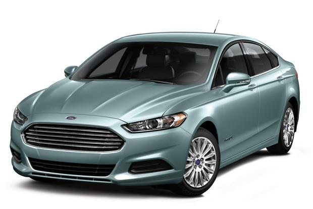 2013 Ford Fusion: Trim Level Comparison featured image large thumb3
