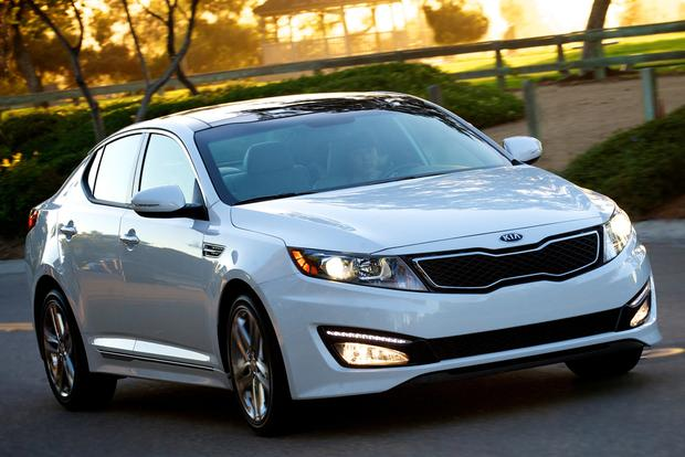 2013 Ford Fusion vs. 2013 Kia Optima featured image large thumb3