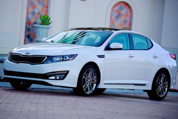 2013 Ford Fusion vs. 2013 Kia Optima featured image large thumb5