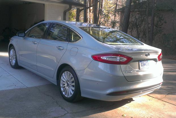 2014 Ford Fusion Energi: So Smooth, Mostly featured image large thumb5
