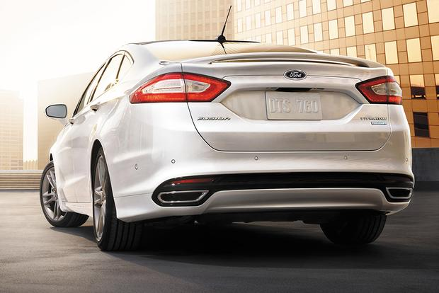 2015 Ford Fusion: New Car Review featured image large thumb3