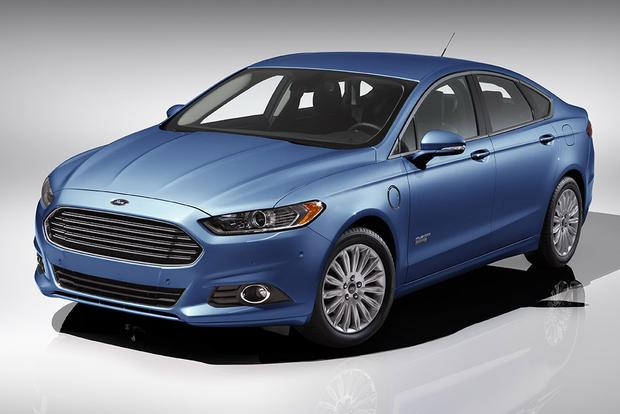 2015 ford fusion hybrid 2015 ford fusion energi new car review autotrader. Black Bedroom Furniture Sets. Home Design Ideas