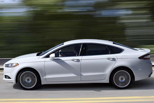 2016 Ford Fusion: New Car Review featured image large thumb2