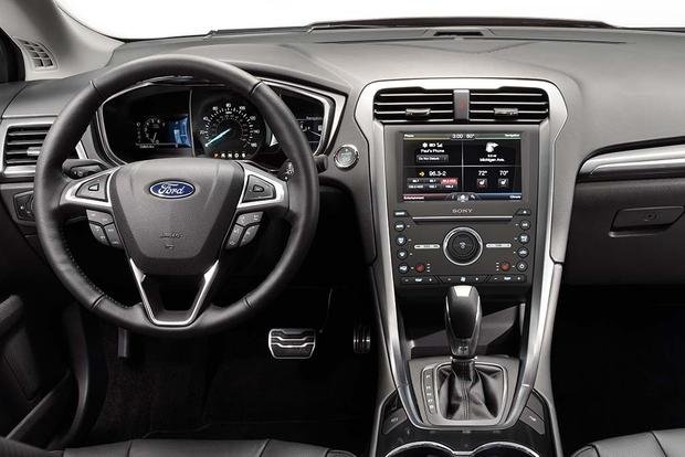 2016 Ford Fusion: New Car Review featured image large thumb4