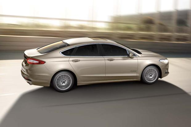 2016 Ford Fusion Hybrid and 2016 Ford Fusion Energi New Car