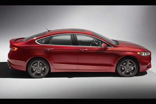 2016 vs. 2017 Ford Fusion: What's the Difference? featured image large thumb6