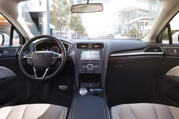 2017 Ford Fusion Energi: New Car Review featured image large thumb2