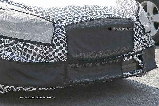 High-Performance Ford Fusion ST Spied With Camouflage? featured image large thumb4