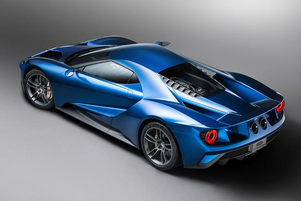 2017 Ford GT: A Supercar Designed for Super Tech featured image large thumb3