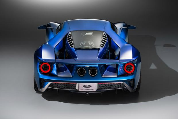 2017 Ford GT: A Supercar Designed for Super Tech featured image large thumb5