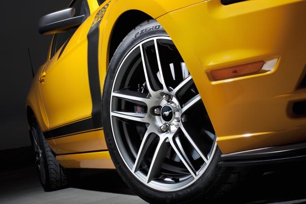 2013 Ford Mustang: New Car Review featured image large thumb10
