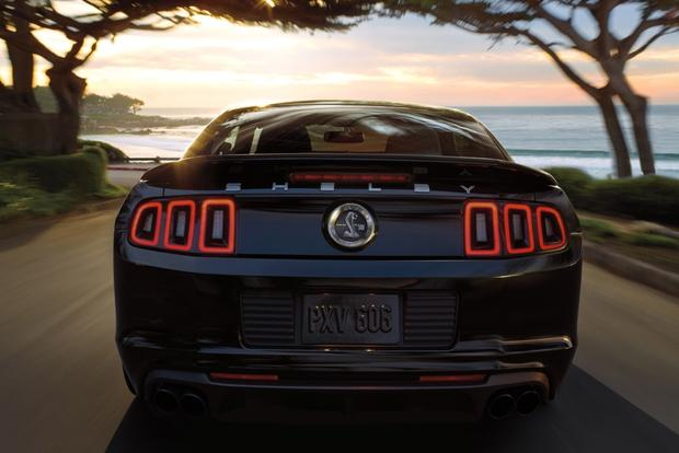 2014 vs. 2015 Ford Mustang: What's the Difference? featured image large thumb9