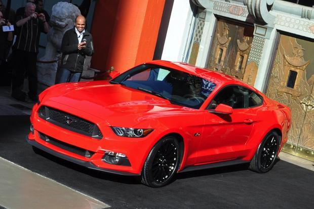 2015 Ford Mustang Officially Unveiled: New Photos featured image large thumb0