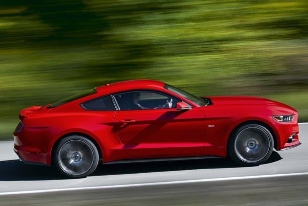 2015 Ford Mustang Officially Unveiled: New Photos featured image large thumb10