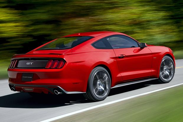 Leaner, Meaner, Greener 2015 Ford Mustang Debuts featured image large thumb1