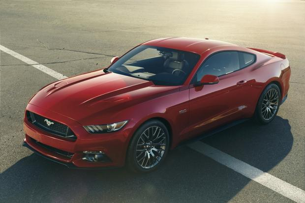 Leaner, Meaner, Greener 2015 Ford Mustang Debuts featured image large thumb2
