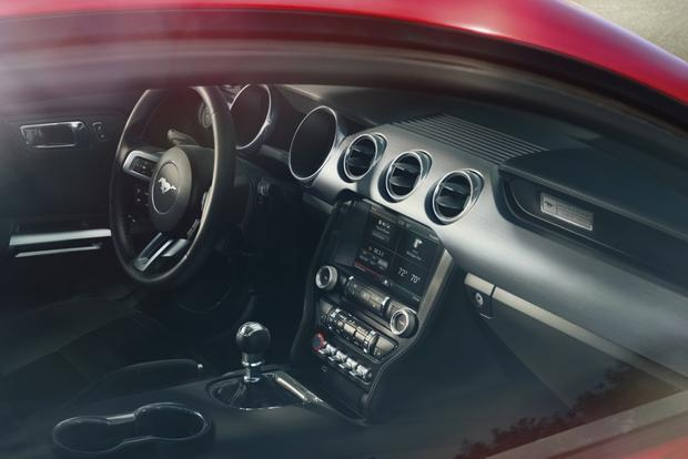 Leaner, Meaner, Greener 2015 Ford Mustang Debuts featured image large thumb4