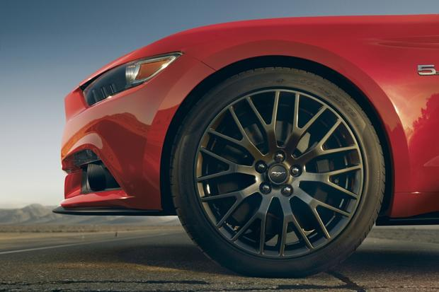 Leaner, Meaner, Greener 2015 Ford Mustang Debuts featured image large thumb8