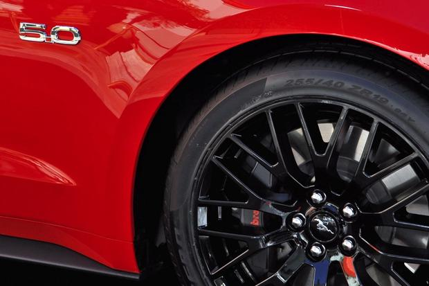 Leaner, Meaner, Greener 2015 Ford Mustang Debuts featured image large thumb9