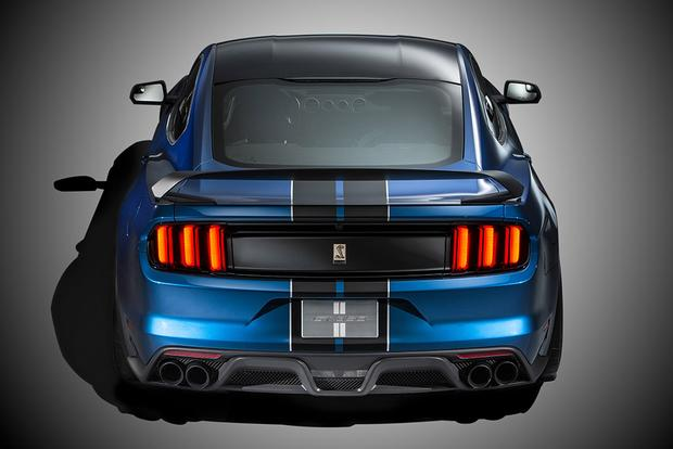 2016 Ford Shelby GT350 & GT350R Mustang: First Drive Review featured image large thumb4
