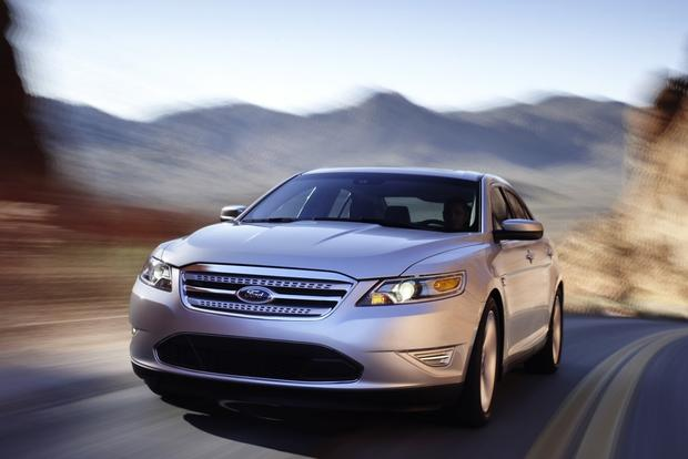 2010 Ford Taurus: Used Car Review featured image large thumb6