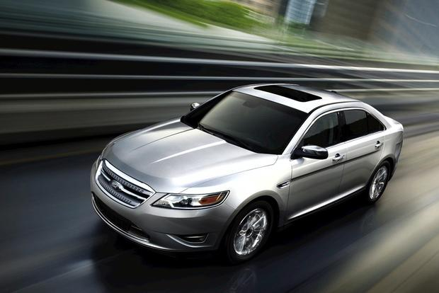 2011 Ford Taurus: Used Car Review featured image large thumb2