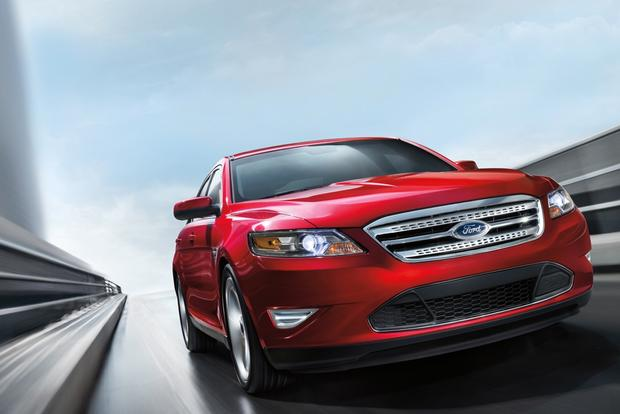 2012 Ford Taurus: Used Car Review featured image large thumb1