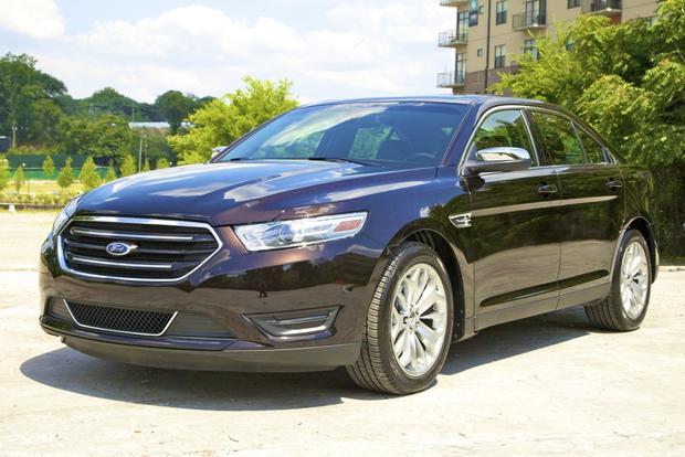 2013 Ford Taurus: OEM Image Gallery featured image large thumb0