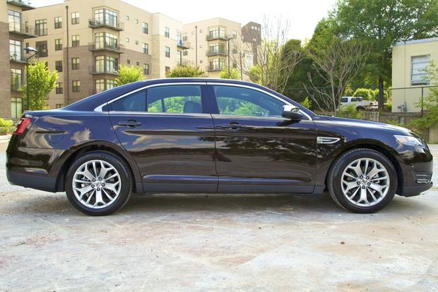 2013 Ford Taurus: New Car Review featured image large thumb7