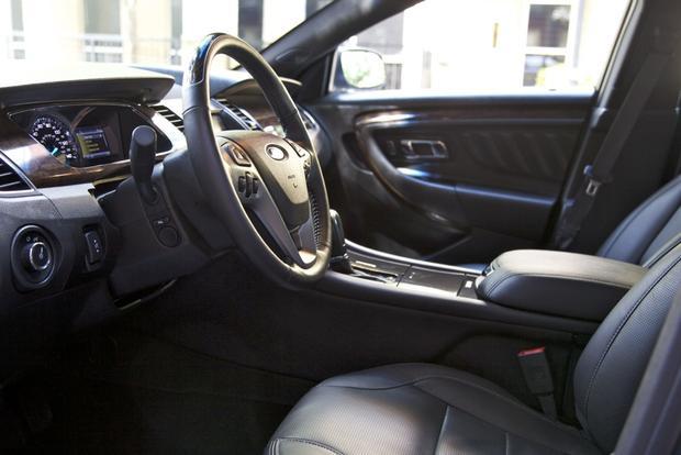 2013 Ford Taurus: OEM Image Gallery featured image large thumb19