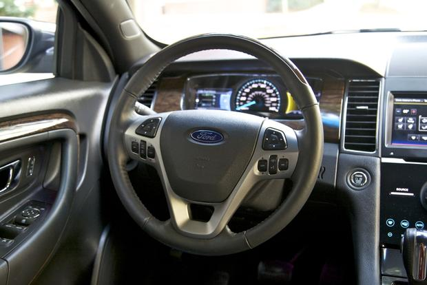 2013 Ford Taurus: New Car Review featured image large thumb25