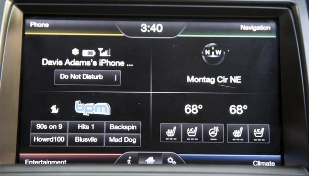 2013 Ford Taurus: OEM Image Gallery featured image large thumb28