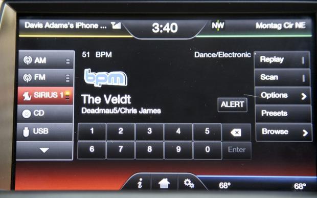 2013 Ford Taurus: OEM Image Gallery featured image large thumb29