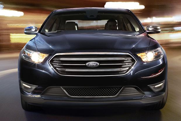 2015 Ford Taurus vs. 2015 Ford Fusion: What's the Difference? featured image large thumb3
