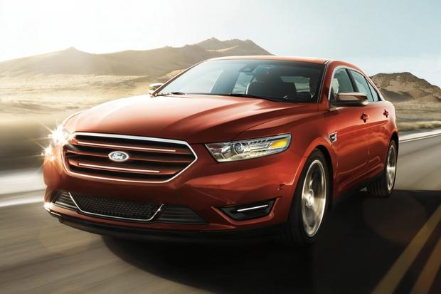 2017 Ford Taurus Vs Fusion What S The Difference Featured Image Large