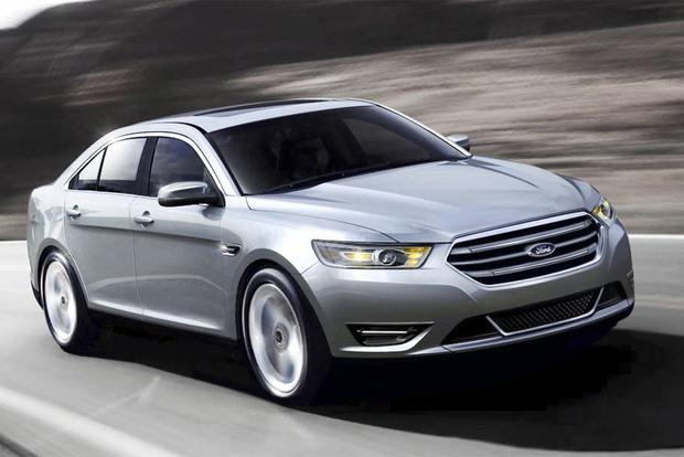2015 Ford Taurus vs. 2015 Toyota Avalon: Which Is Better? - Autotrader