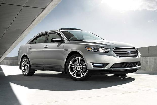 2016 Ford Taurus >> 2016 Ford Taurus New Car Review Autotrader