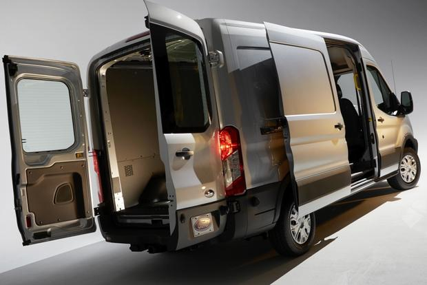 2015 Ford Transit vs. 2014 Ford Transit Connect: What's the Difference? featured image large thumb4