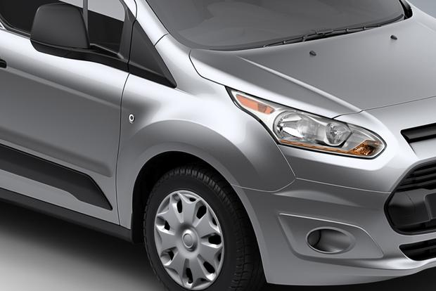 2015 Ford Transit vs. 2014 Ford Transit Connect: What's the Difference? featured image large thumb7