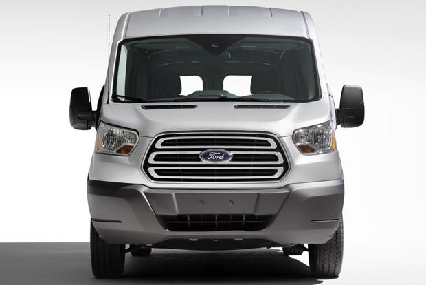 2015 Ford Transit vs. 2014 Ford Transit Connect: What's the Difference? featured image large thumb8