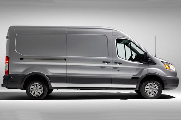 2015 Ford Transit vs. 2014 Ford Transit Connect: What's the Difference? featured image large thumb10