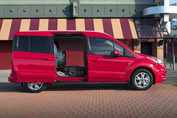 2017 Ford Transit Connect Wagon: New Car Review featured image large thumb4