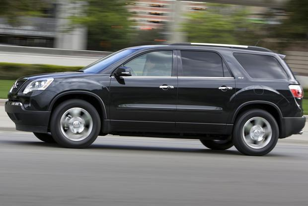 2012 GMC Acadia: OEM Image Gallery featured image large thumb1
