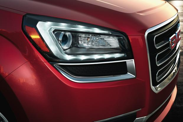 2013 GMC Acadia: OEM Image Gallery featured image large thumb1