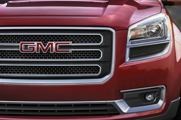 2013 GMC Acadia: OEM Image Gallery featured image large thumb2