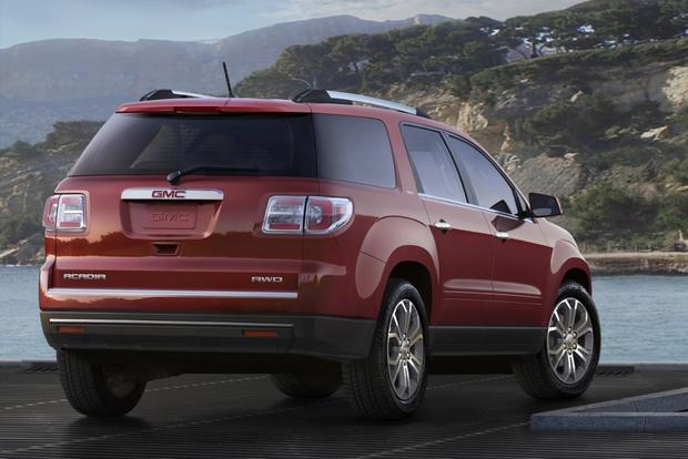 2015 GMC Acadia: New Car Review featured image large thumb1
