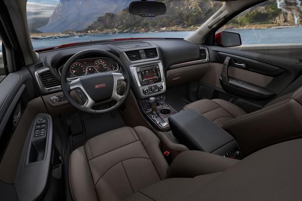 2013 GMC Acadia: OEM Image Gallery featured image large thumb5