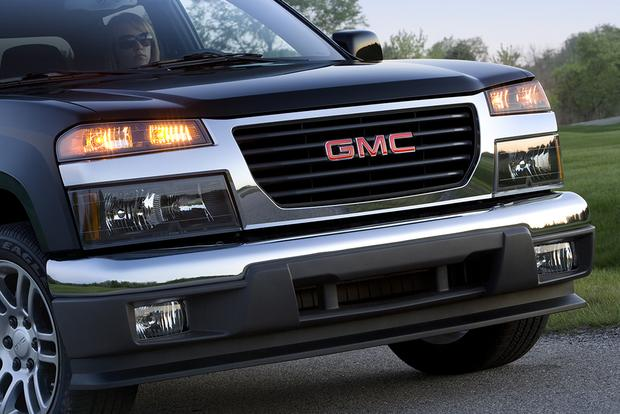 2010 GMC Canyon: Used Car Review featured image large thumb2