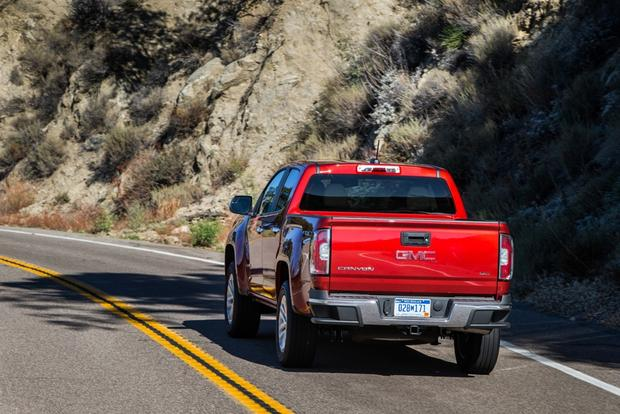 2015 GMC Canyon: New Car Review featured image large thumb1